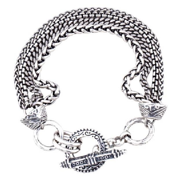 miglio-designer-jewellery-schmuck-messing-suesswasserperlen-silber-kristalle-nachhaltige-produktion-handpolitur-echtsilber-armkette