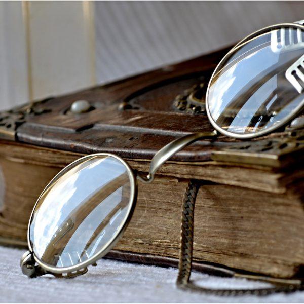 brillengl ser archive brille schmuck magazin. Black Bedroom Furniture Sets. Home Design Ideas