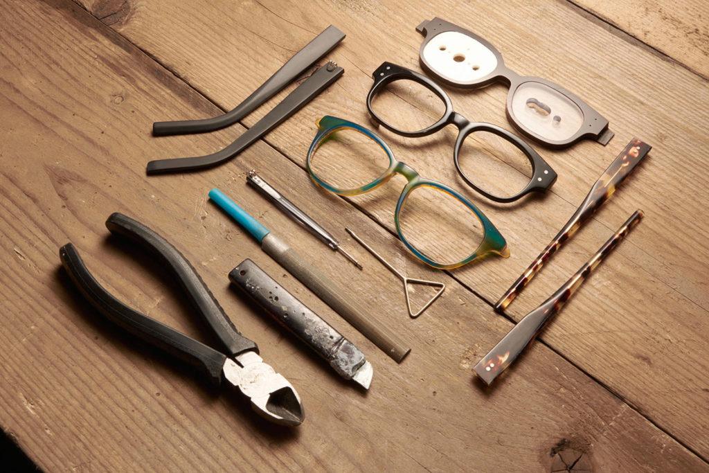 Maßgefertigte Tom Davies Brillen bei Optik Weißmann