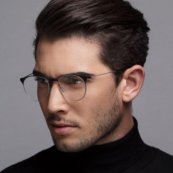 Maßgefertigte Titanbrillen
